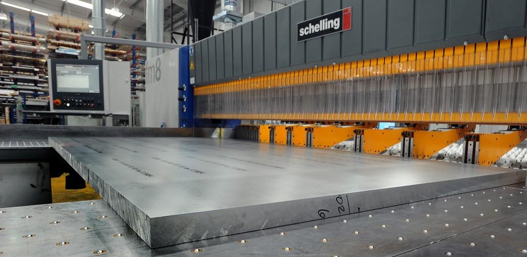 aluminium plate cutting